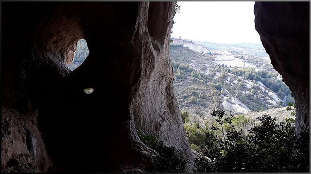 7JSMeryth.07-Grotte_th.jpeg