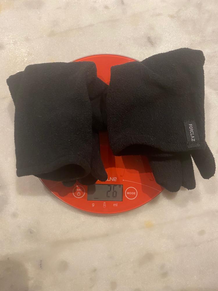 7KEUz6lYM.gants.jpeg