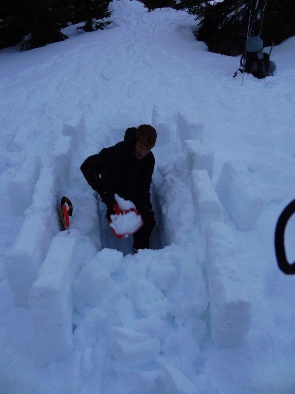 2_trou_a_neige_02_25-01-16.jpg
